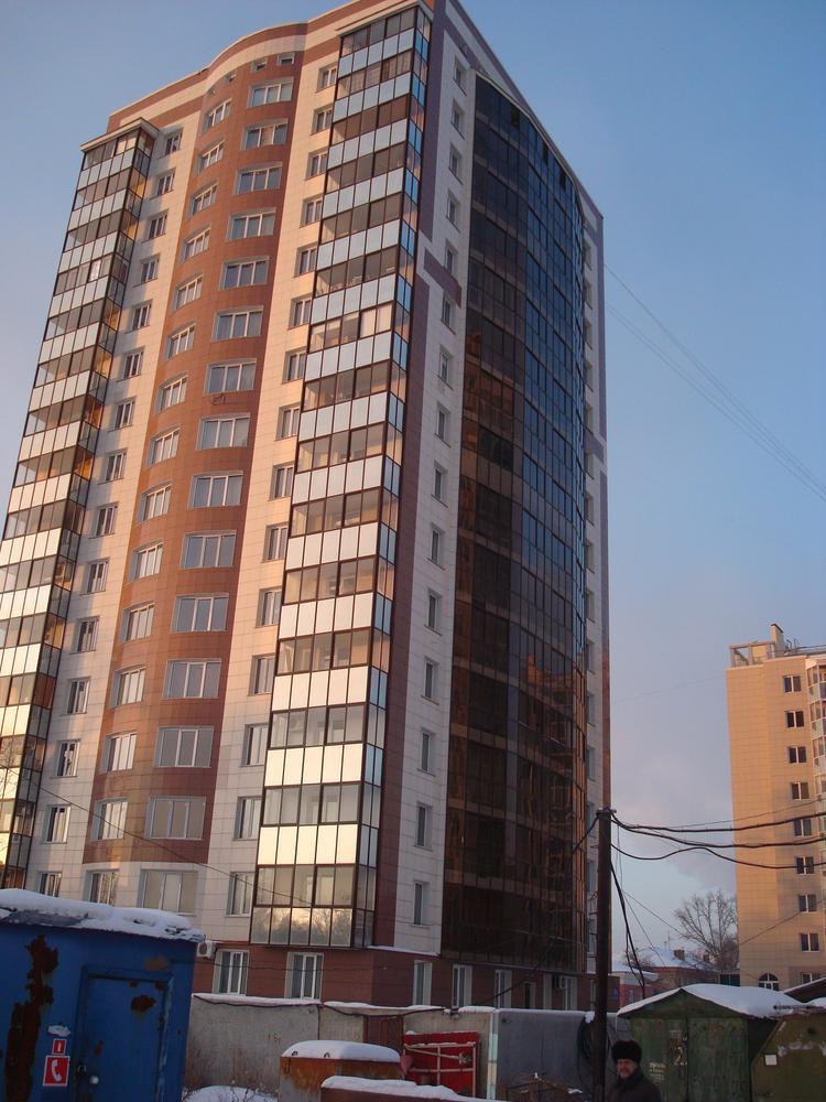 Каркас жилого многоэтажного дома по ул.Титова.